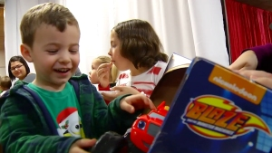 Amazon Delivers Surprise Gifts to Children in Military Families