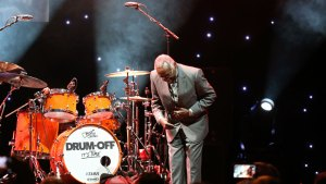 James Brown's 'Funky Drummer' Dies at 73