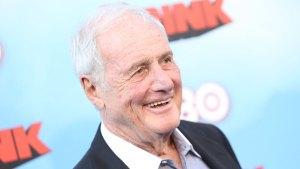 Hollywood Producer Jerry Weintraub Dies at 77