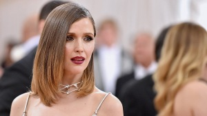 Rose Byrne's Breast Milk Confiscated By the TSA