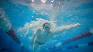 College Swimmer With Autism Breaks Barriers