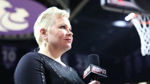 Amid Cancer Recurrence, Holly Rowe Gets Extension at ESPN