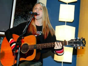 Liz Phair Adds Brooklyn Show