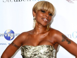 Tonight: Mary J. Blige, Broken Bells, Natalie Douglas