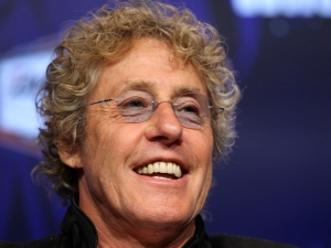 Roger Daltrey Mentors Wannabe Rock Stars at Fantasy Camp