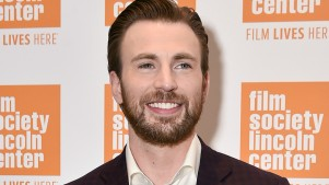 'Captain America' Star Chris Evans Sets Broadway Debut