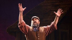 'Fiddler on the Roof' Will Close in December