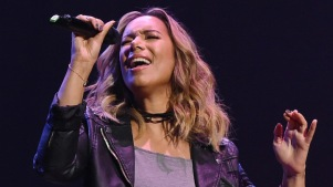 Singer Leona Lewis to Play Grizabella in 'Cats'