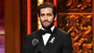 Jake Gyllenhaal's Broadway Return Postponed<br />