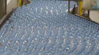 Bottled Water Beats Soda as No. 1 Drink in US: Industry Analyst