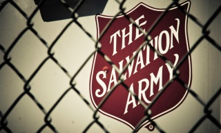Cops Donate $1,000 to Salvation Army Hit by Thieves
