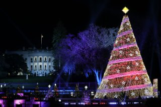 Steve Harvey Christmas Tree.President Obama Steve Harvey Surprise Tourists Nbc New York