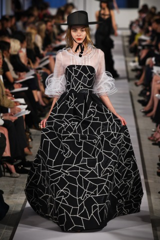 Oscar de la Renta Points to Picasso for Resort 2012