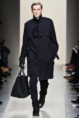Trend Watch: Men's Bags Make a Splash on the Runway