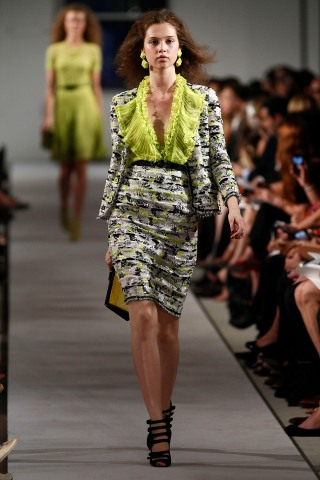 Trend Watch: Textured Tweed on the Spring Runways
