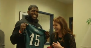 Eagles Player Surprises Teen for Prom