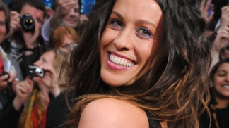 "Alanis Morissette on Returning to ""The Voice"""