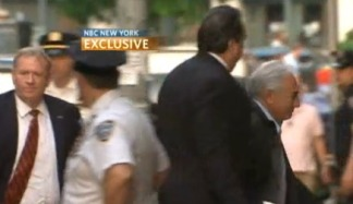VIDEO: Strauss-Kahn Arrives at Luxury Home