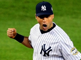 Dramatic Photos: Yanks Even Up World Series 1-1