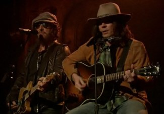 "ICYMI: Watch ""Neil Young,"" Boss Duet on Whip My Hair"