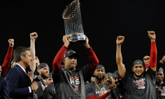 World Series Champ Red Sox Accept Invitation to White House