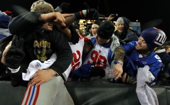 Giants Fans Celebrate Big Win