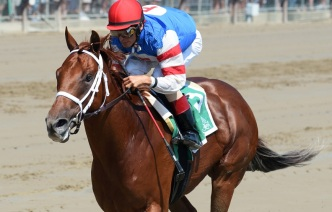 Syndergaard Gallops to Victory at Saratoga Track