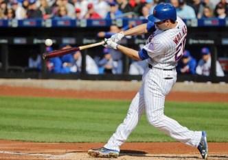 Conforto, Flores Power Mets Past Giants 6-5