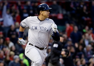 Yankees Fall to Red Sox 4-2