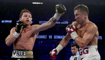Canelo Alvarez Narrowly Beats GGG For Middleweight Title