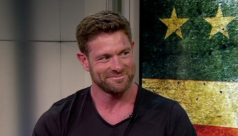 """Noah Galloway Talks """"Living With No Excuses"""""""
