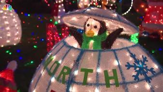 Spectacular Seaford Lights Display Is Dedicated to Dad