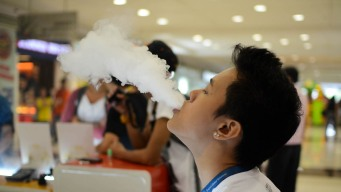 Kid Vaping Numbers Aren't Up, Study Says, But Some Skeptical