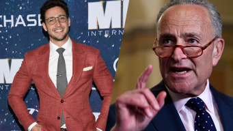 Schumer, 'America's Sexiest Doc' Call for EpiPens on Planes