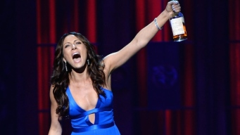 Laura Benanti to Host Drama Desk Awards