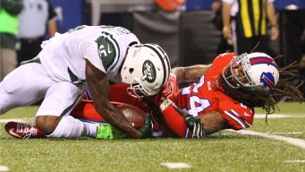 Jets' Brandon Marshall Suffers Painful Knee Injury