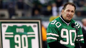 Jets Select Late Dennis Byrd for Award Named in His Honor
