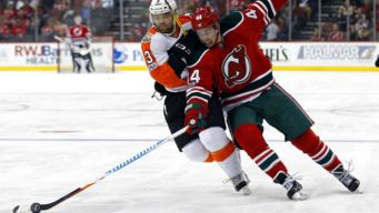 Devils Beat Flyers 6-2 to Snap 10-Game Winless Streak