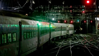 Switch Problems Cause Delays for LIRR Trains Leaving Penn