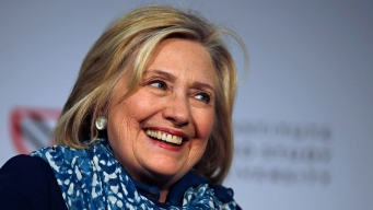 Hillary Clinton Is Cheered at Star-Studded Central Park Fest