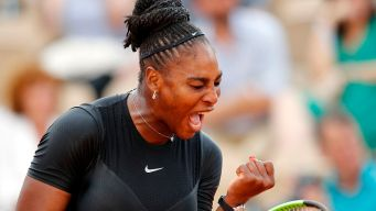 Serena Williams Overwhelms Goerges at French Open