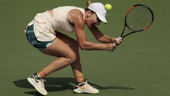 Halep Becomes First No.1 to Lose 1st Open Match; Serena Wins