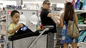 Shoppers Are in the Mood to Spend. Here's Why