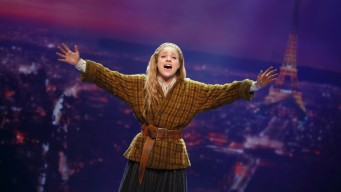 'Anastasia' Turns a Beloved Film into a Serious Broadway Hit
