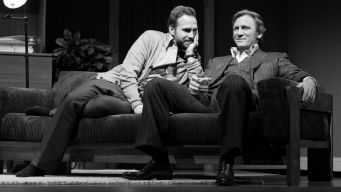 "Review Roundup: Craig, Weisz in ""Betrayal"""