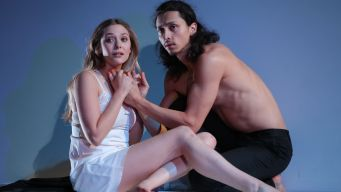 "Review: Elizabeth Olsen, in ""Romeo & Juliet"""