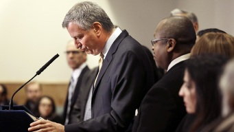 De Blasio Talks of Son Dante After Garner Decision
