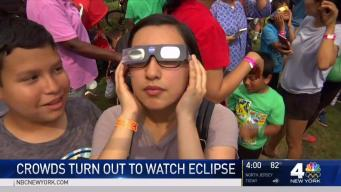 Families Pack Liberty Science Center to View Eclipse