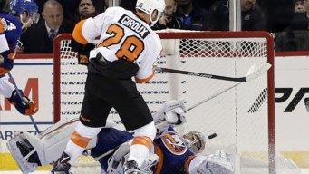Flyers Rally to Beat Islanders 3-2