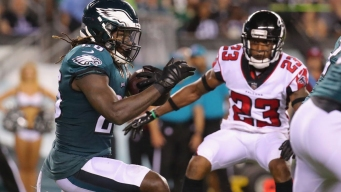 Eagles Score 2 TDs to Beat Falcons 18-12 in NFL Opener
